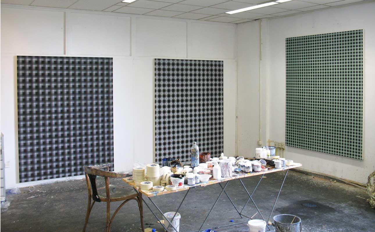 2009, studio